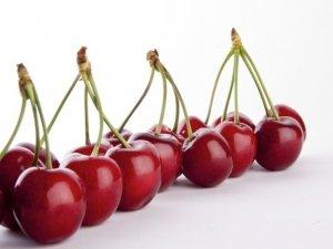 La frutta e la verdura di stagione a Maggio