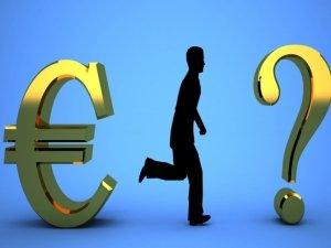 """Euro, moneta unica ma tante (possibili?) alternative. I pareri di chi dice """"no"""""""