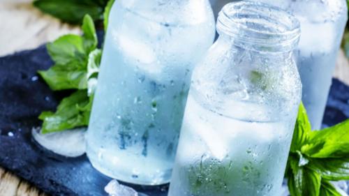 Acqua alcalina, papaya fermentata...tutti i benefici della Terapia Antiacida