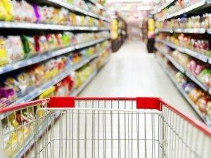 Gli additivi alimentari e i coloranti invadono la nostra tavola: sono pericolosi? Come evitarli?
