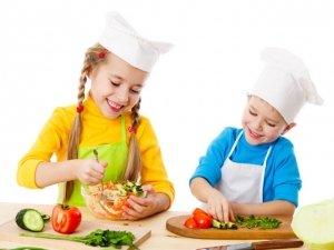 L'alimentazione crudista per i bambini