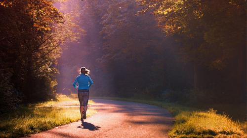 Benefici della corsa: correre fa bene al tuo cervello