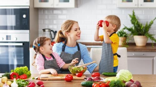 Colon irritabile e bambini: consigli terapeutici e rimedi naturali