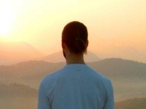 Curati attraverso la meditazione