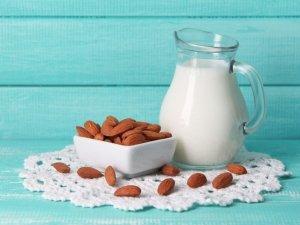 Latte di mandorla: ricette e proprietà