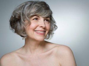 La sfida della menopausa: vivere la fine del ciclo con consapevolezza