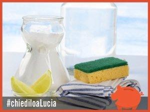 Pulire il bagno con aceto e bicarbonato