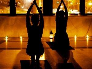 Dallo yoga un'alternativa per la scelta dei regali di Natale