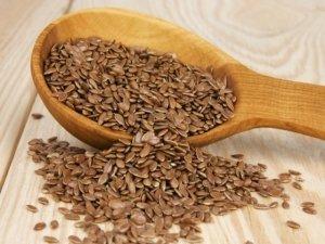 I semi di lino, salutari per il cuore e il colesterolo