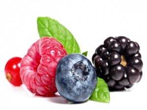 Alghe, quinoa, semi e frutti di bosco per un menù ricco di minerali e adatto a chi è intollerante a glutine e latticini