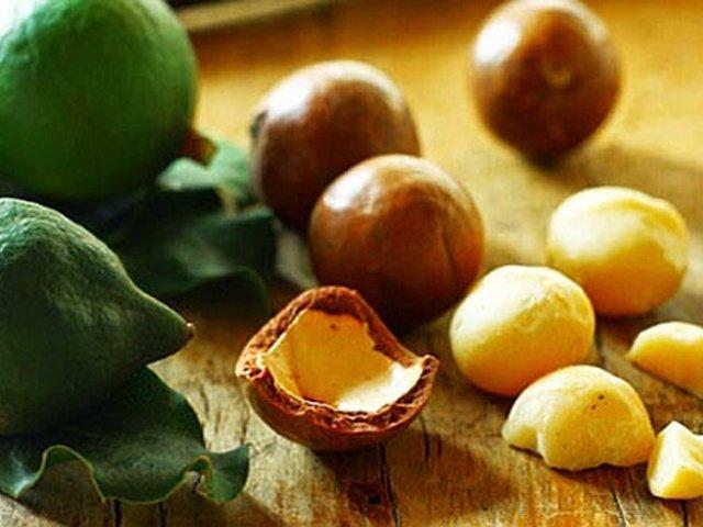 7 utilizzi dell'olio di macadamia per pelle e capelli