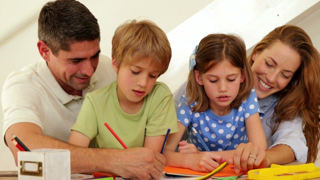 Come essere un bravo genitore: 8 consigli pratici