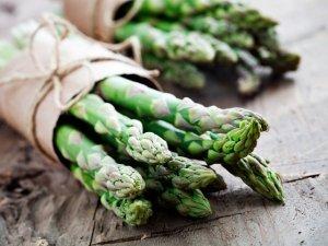 Asparagi: proprietà e benefici