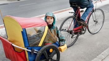 È possibile vivere senz'auto e avere dei bambini?