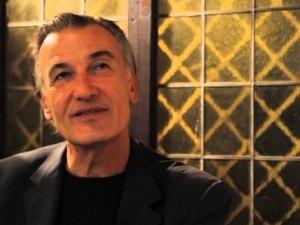 Macro saluta Antonio Bertoli