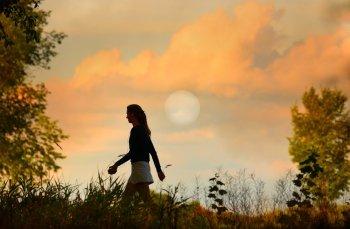 Come sfruttare l'energia del ciclo mestruale per ottenere il successo