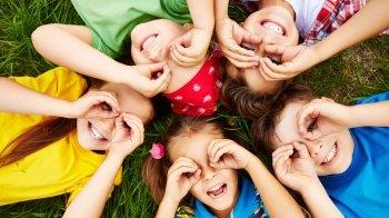 Il controllo della vista nei bambini: quando farlo per prevenire gli occhiali