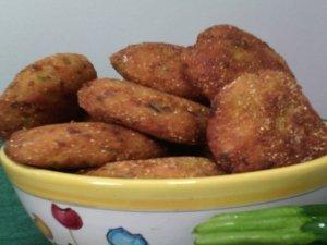 Crocchette facili e squisite a base di miglio, patate e rucola