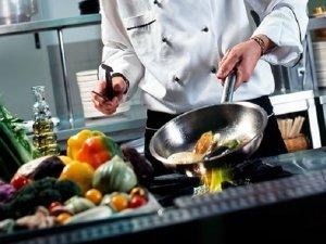 Dal forno alle pentole: tutto per una cucina sana e consapevole