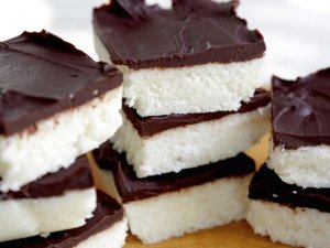 Delizia semifredda al cocco: ricetta vegan e gluten free