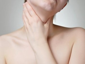 Ipertiroidismo: i rimedi naturali per la tiroide
