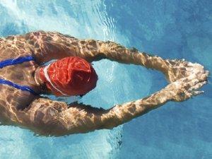 Nuoto: ecco perché amiamo l'acqua