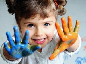 Perché l'arte terapia fa bene a bambini e ragazzi