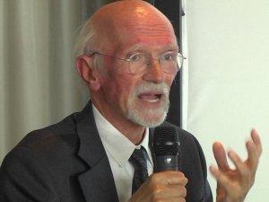 Prof. Berrino: perché evitare lo sciroppo di glucosio e fruttosio