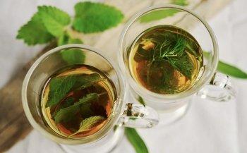 Psoriasi: come alleviarla con i tè di erbe