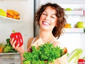 Combattere lo stress a tavola: gli alimenti del buonumore