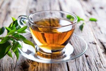 Tè verde, una tazza di proprietà