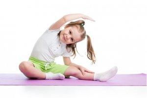 Yoga e mandala: due divertenti attività che migliorano il benessere dei bambini