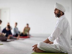 Yoga e Salute: come recuperare il benessere con yoga e meditazione