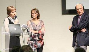 Sul palco di Vicenza, da sin.: Paola Barberis, Nicla Signorelli (di Be4Eat, organizzatrice dell'incontro) e il prof. T. Colin Campbell